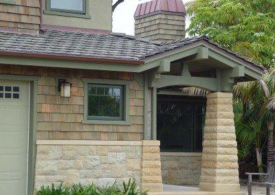 06-Santa Barbara Sandstone Veneer and Pillars