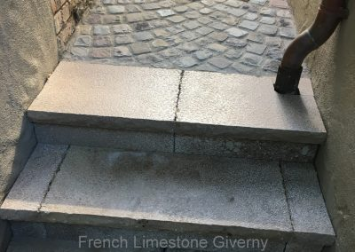 46. French Limestone Giverny and Cobblestone