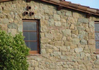 21-Santa Barbara Sandstone Rubble Veneer