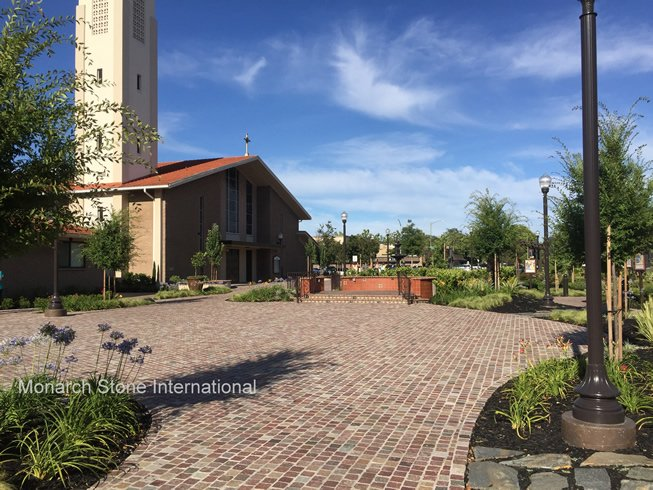 Porphyry Cobblestone Pavers Create Beautiful Plaza