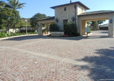 12-Porphyry Cobblestone Pavers, Headlands