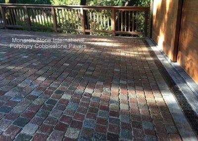 02-Porphyry Cobblestone pavers