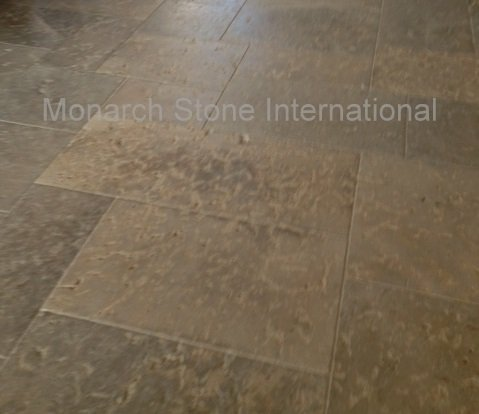 French Limestone Flooring in Limeyrat