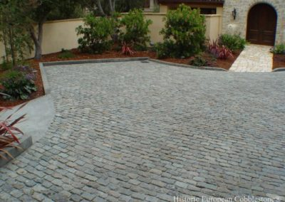 Antique Granite Cobble